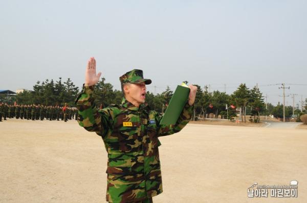 Kim Hyun Bin - Page 2 Hyun-bin-22nd-march-1