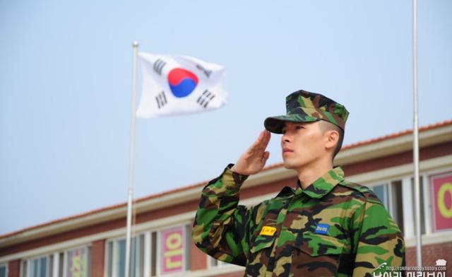 Kim Hyun Bin - Page 2 Hyun-bin-22nd-march-3