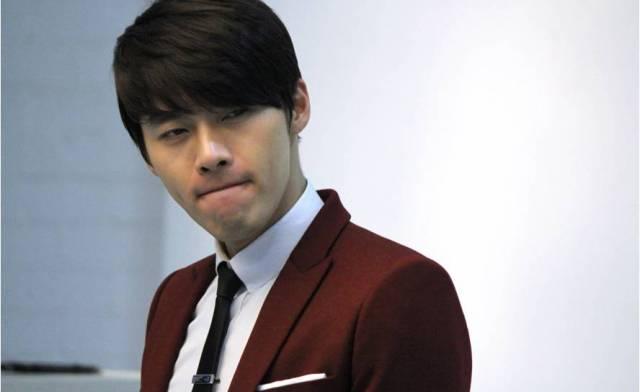Kim Hyun Bin - Page 2 Hyun-bin-vita-commercial