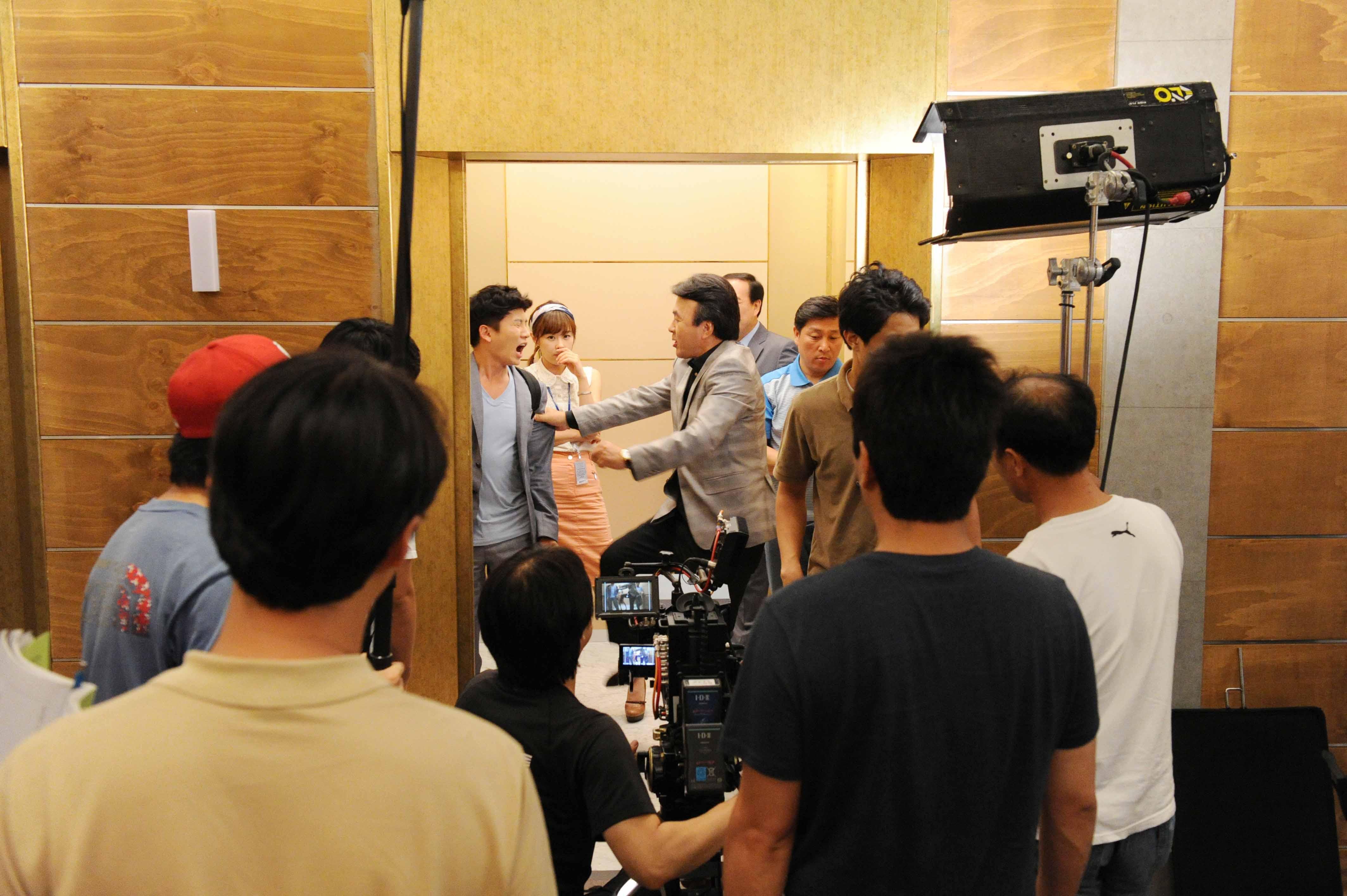 Protect the boss korean drama episode 3 recap / Mr bean